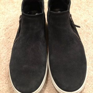 High top Ecco sneakers size 10